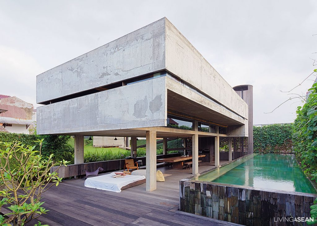 Modern tropical home in indonesia living asean for Best house design tropical climate