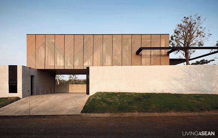 Modern Exterior Lath