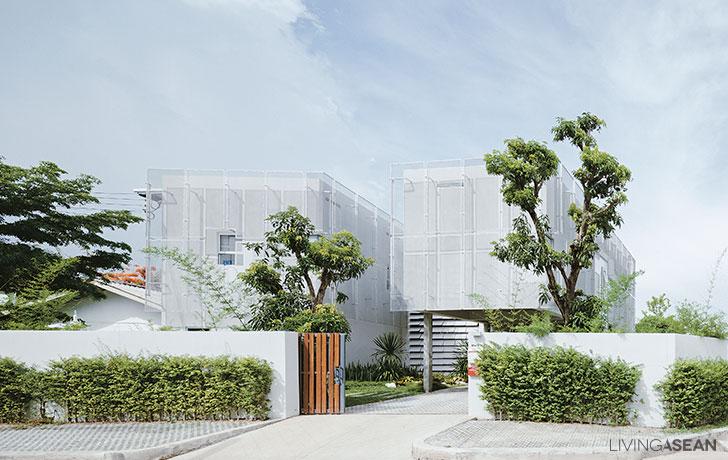 Simple Reinforced Concrete Structure House