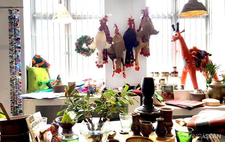 13-6 Pagoda Design Tea Houses on dragon tea house, bamboo tea house, buddha tea house, lyons tea house, garden tea house, asia tea house, bell tower tea house, golden tea house, nepal tea house, paris tea house, phoenix tea house, china tea house, pearl tea house, newport tea house, mountain tea house, pasadena tea house, cottage tea house, kinkaku-ji tea house, rose tea house, rainbow tea house,