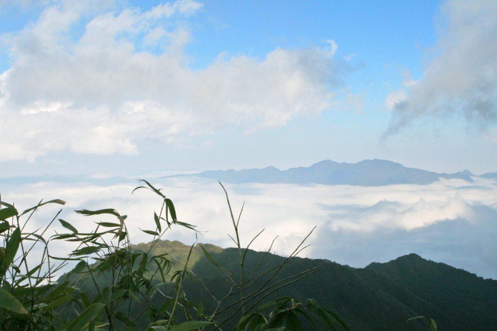 Photo credit: https://commons.wikimedia.org/wiki/File:Fansipan-vietnam.jpg