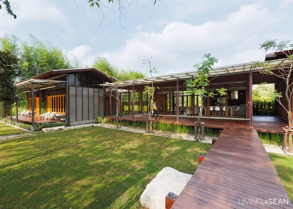 Modern country house among fruit farms living asean for Modern country house