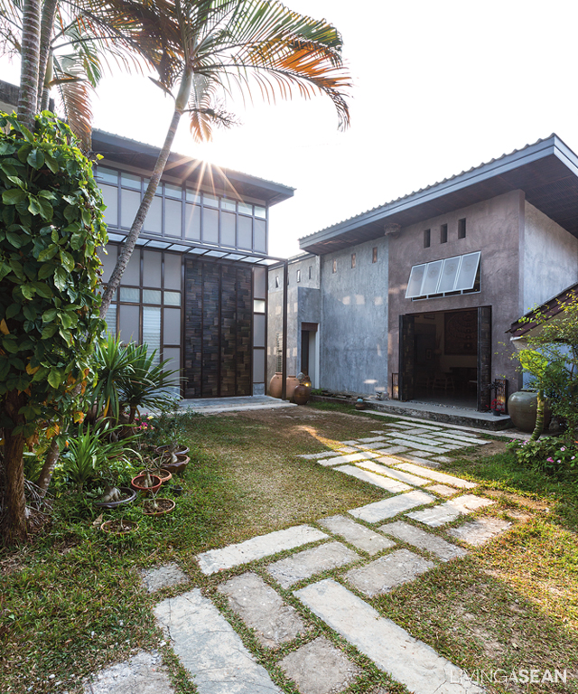 Loft House with Entrancing Bamboo Design