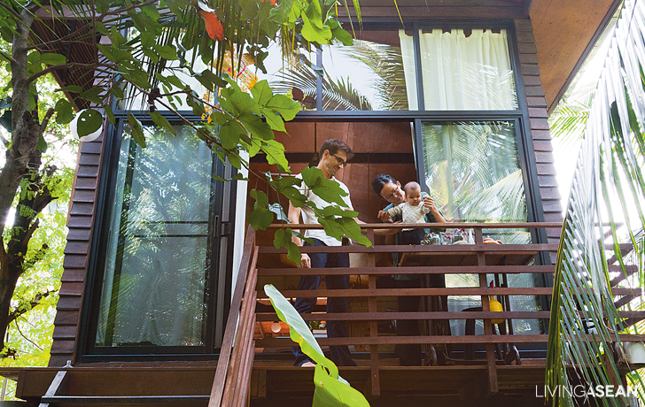 Sustainable Living in a Tropical House