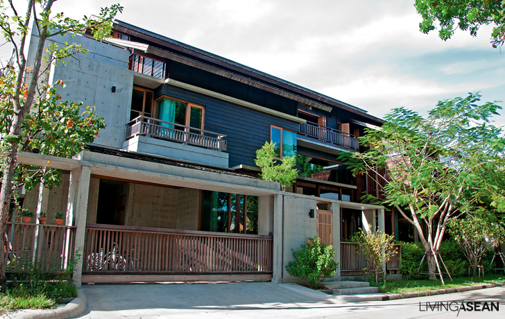 Contemporary Thai Wooden House Masterpiece