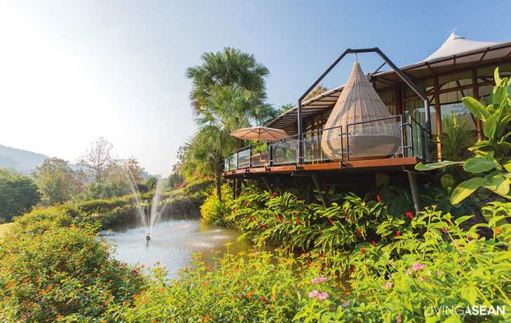Gorgeous Tent House on the Hill & Gorgeous Tent House on the Hill /// Living ASEAN