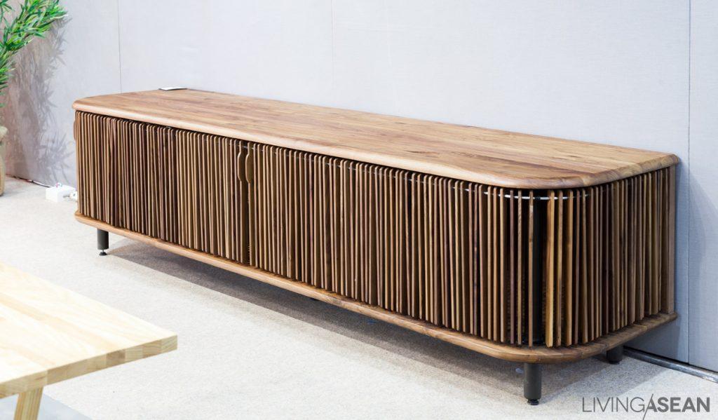 IFFS17-055-triboa-bay-cabinet