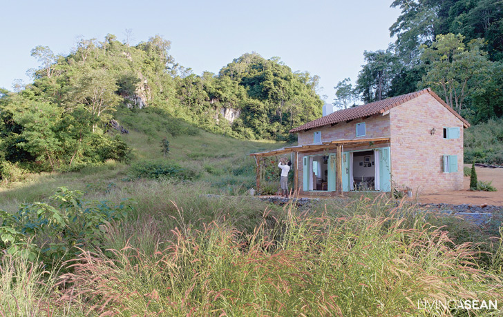 Farm House Echoes the Allure of Provence