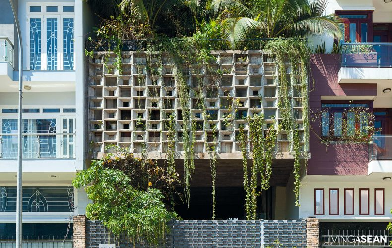 Modern Tropical House in Ho Chi Minh City
