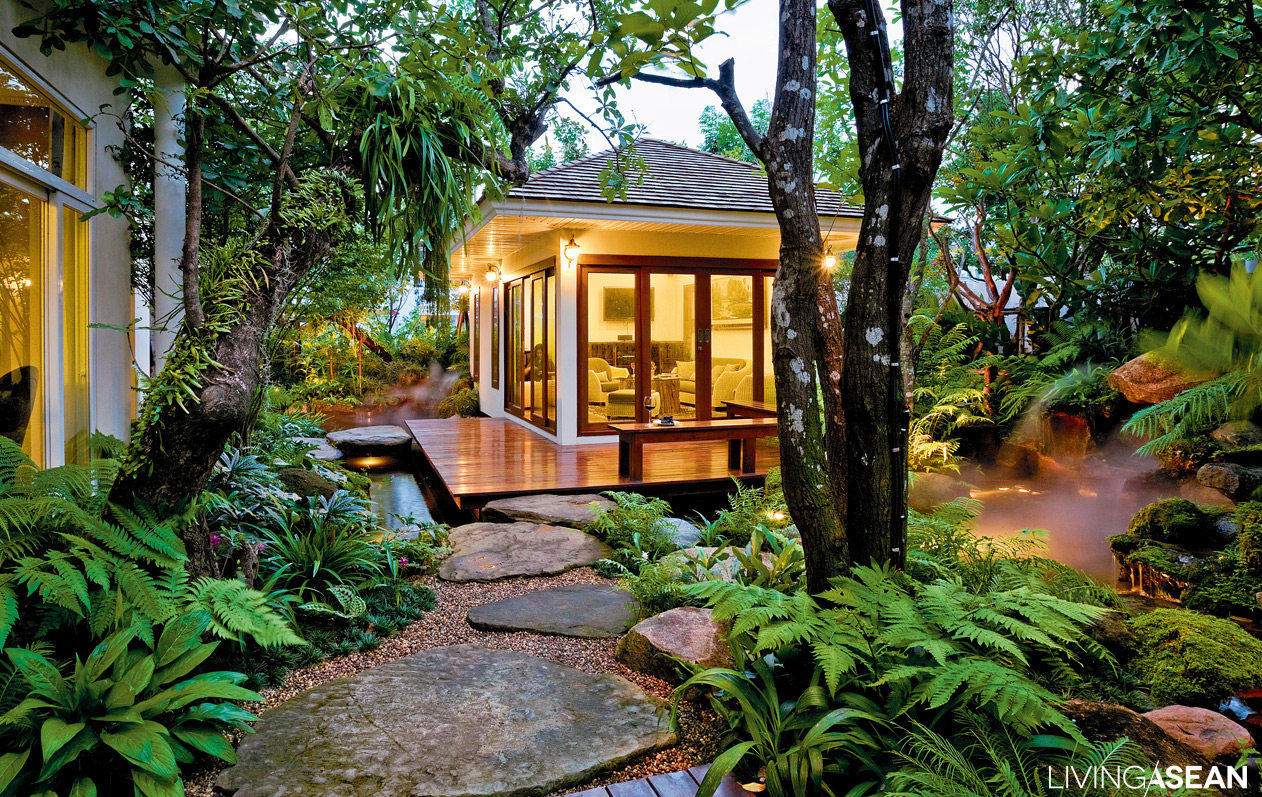 Rainy season forest garden for tropical areas /// Living ...