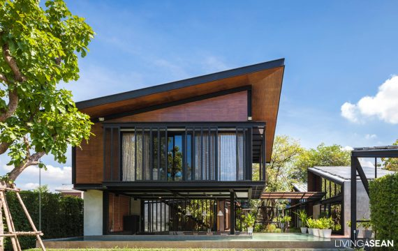 A Steel House for a Big Family