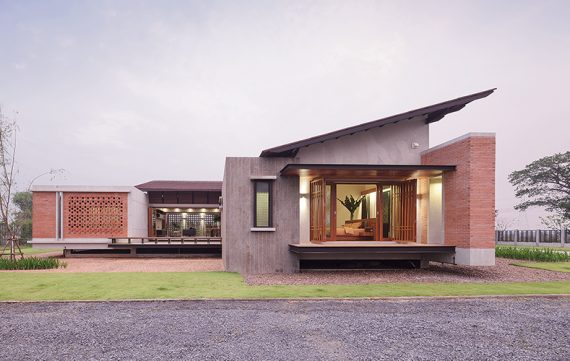 Single-Storey House on a Foundation of Simplicity