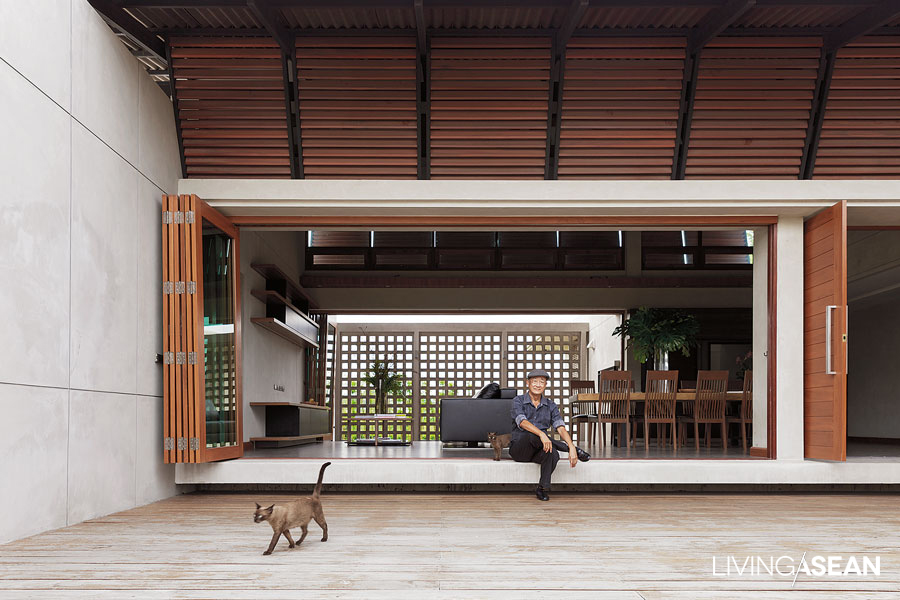 Single-Storey House / Teerachai Leesuraplanon