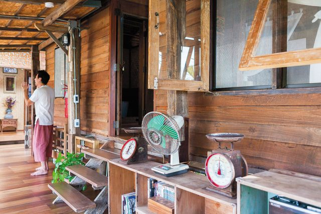 Wooden House With Thai Style Tai Thun Comfortable