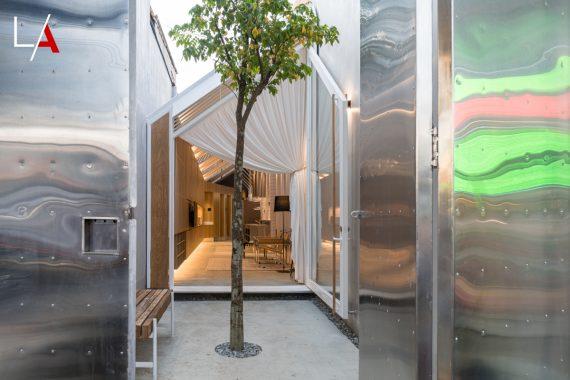 Modern Skinny House on a Narrow Lot