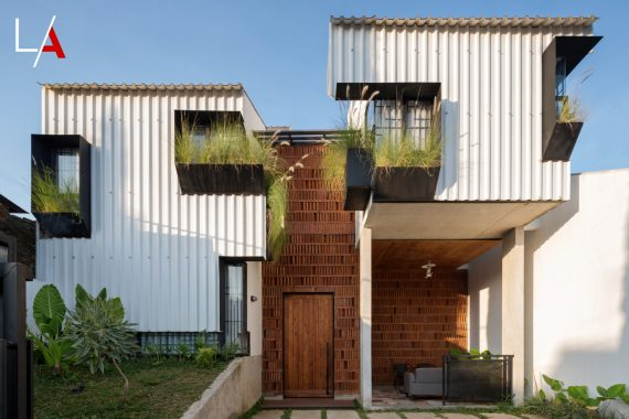 Kampong House the Allure of Indonesia's Urban Village Life