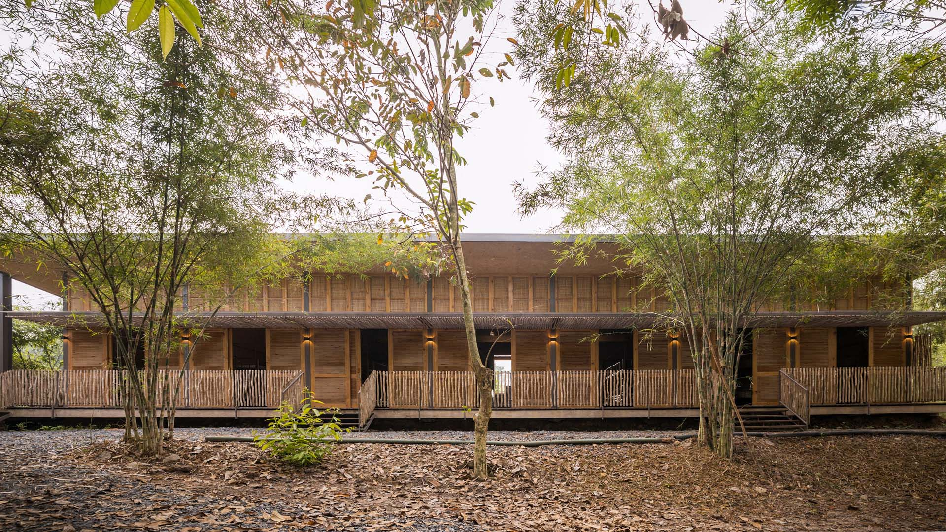 Hippo Farm Bioclimatic Dormitory; A Place to Reconnect with Nature