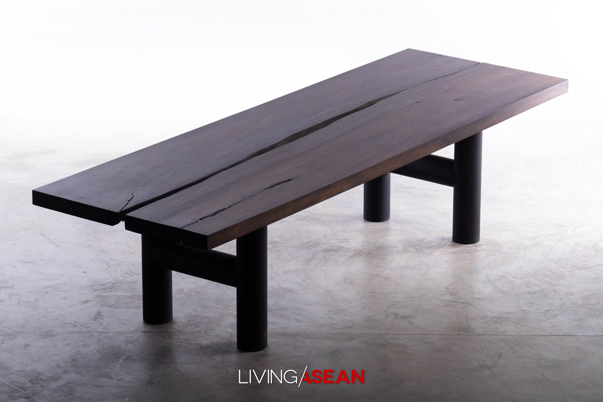 Moonler Wood Furniture: Adding a New Dimension to Chiang Mai Crafts