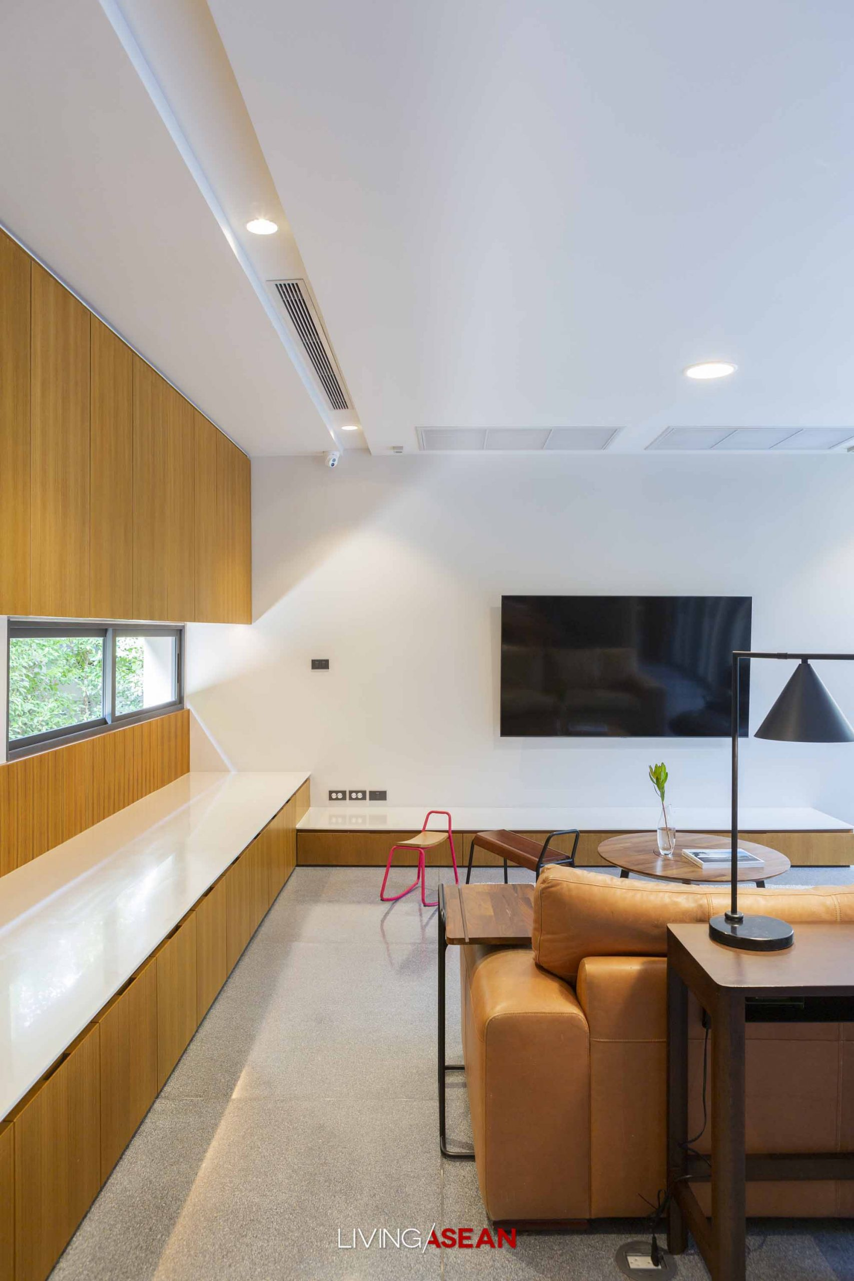 Urban Courtyard House for an Extended Family